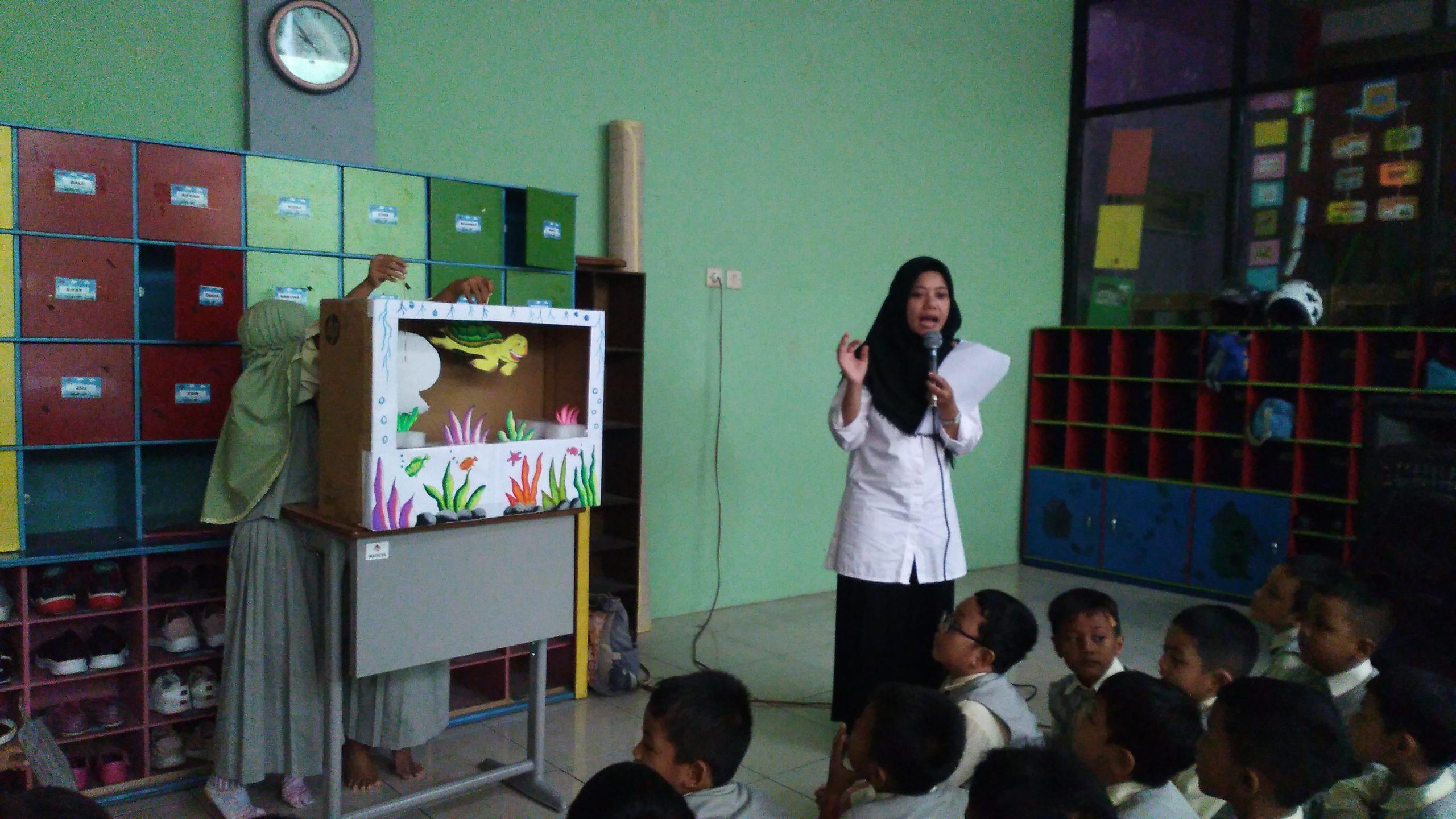 Dzul Qarnain, SD Muhammadiyah 4-Pertunjukan Wayang
